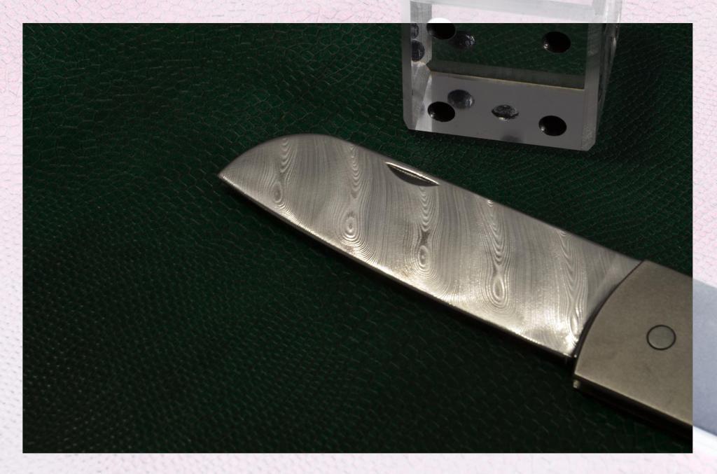 les couteaux du trefle - Page 2 DSC_0016-1_zps3c9bf942