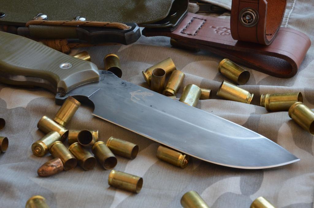 les couteaux du trefle - Page 9 DSC_0205_zps0e8fb575