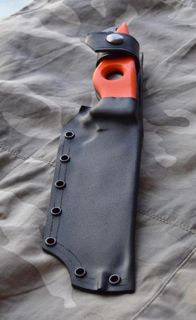 les couteaux du trefle - Page 9 DSC_0247_zpse485aefa