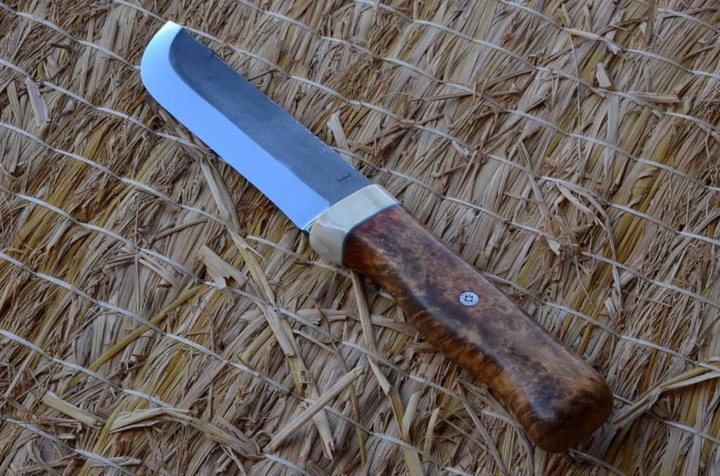 les couteaux du trefle - Page 5 DSC_0635_zps0e4f8939