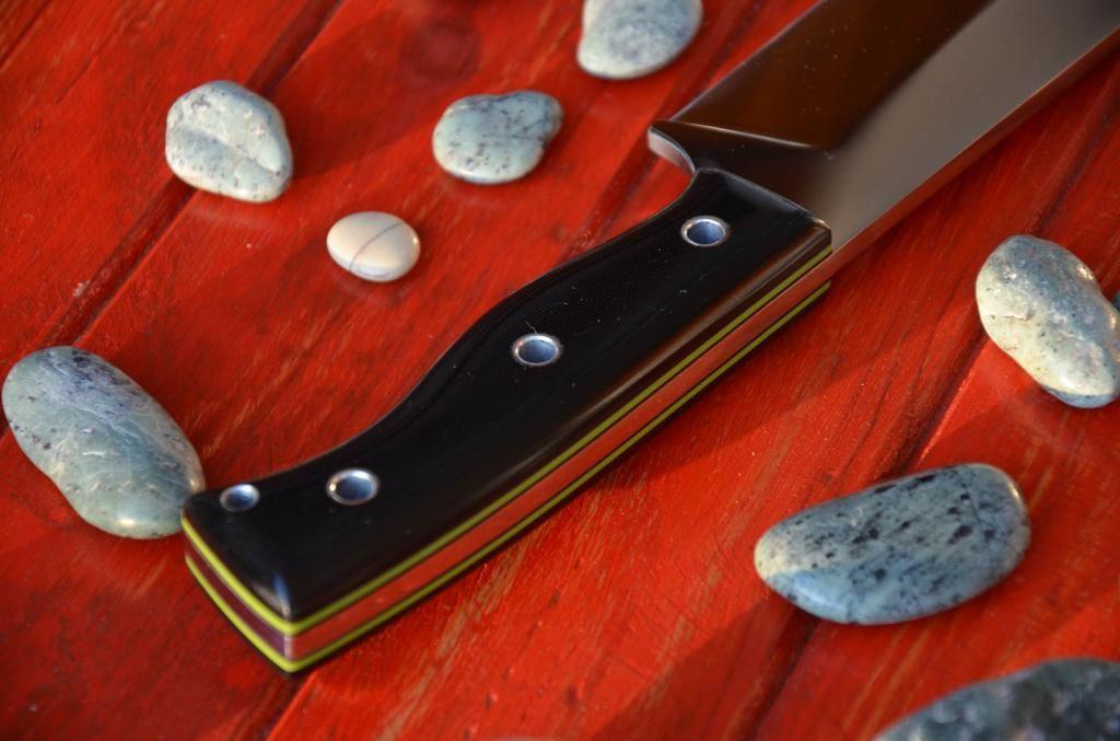 les couteaux du trefle - Page 5 DSC_0635_zpsa48f0de3