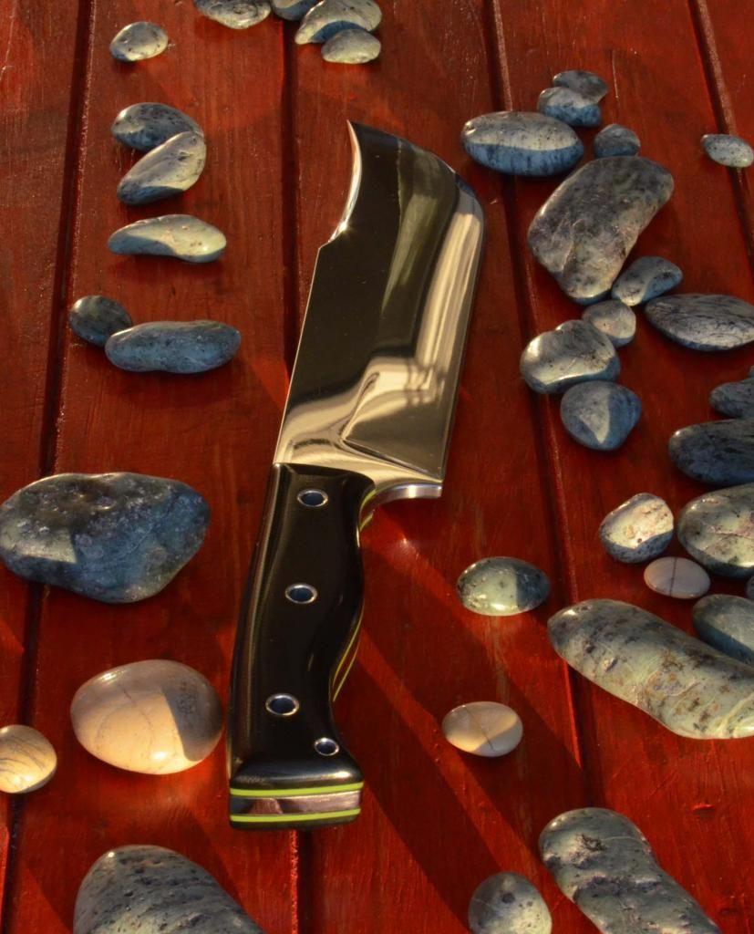 les couteaux du trefle - Page 5 DSC_0641_zps9abaaabb