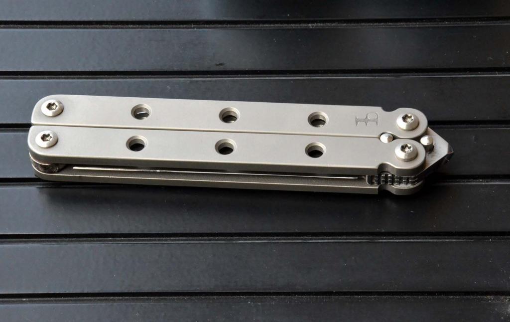 les couteaux du trefle - Page 5 DSC_0643_zpsa4fe061f