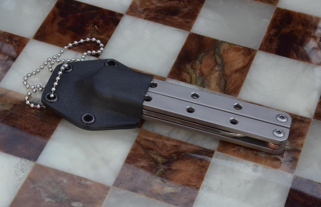 les couteaux du trefle - Page 8 DSC_0667_zps4419fd8e