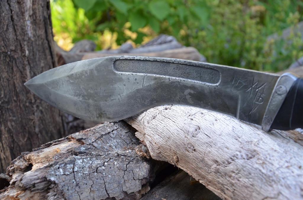 les couteaux du trefle - Page 6 DSC_0849_zps5370a4cc
