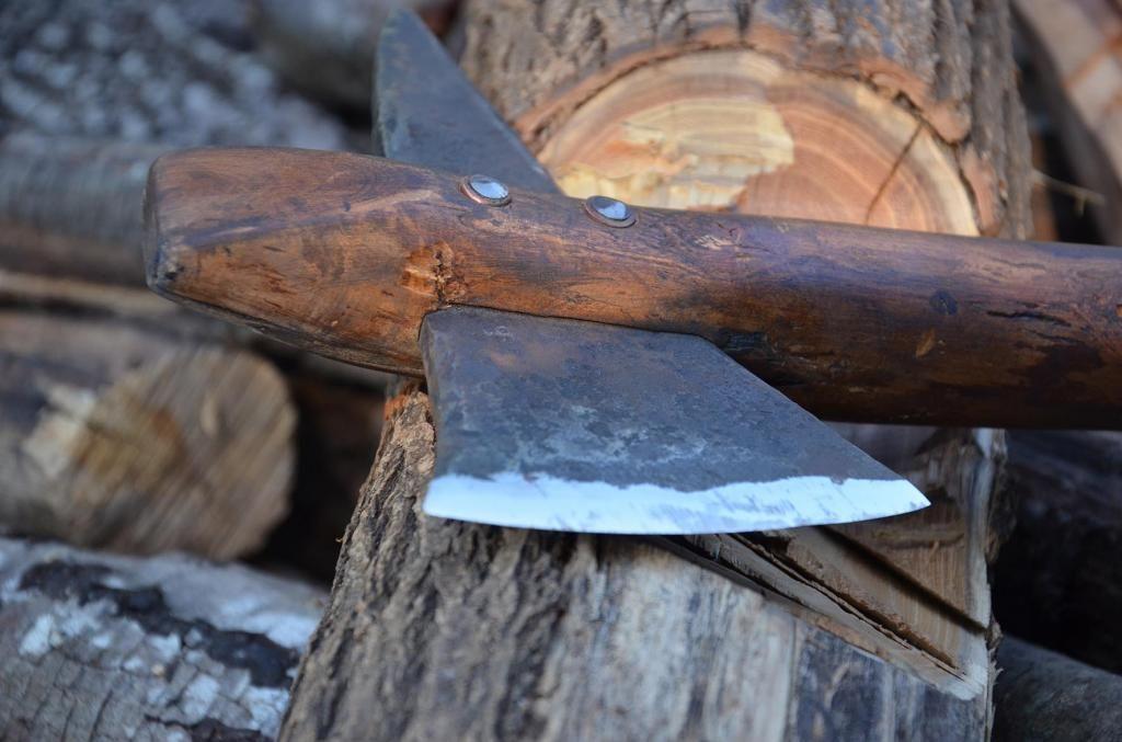 les couteaux du trefle - Page 6 DSC_1682_zps3a00fef8