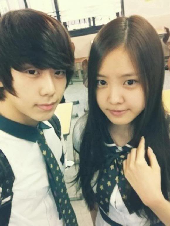 [SELCA] Chaejin @ school con A-Pink's girls  Geuht