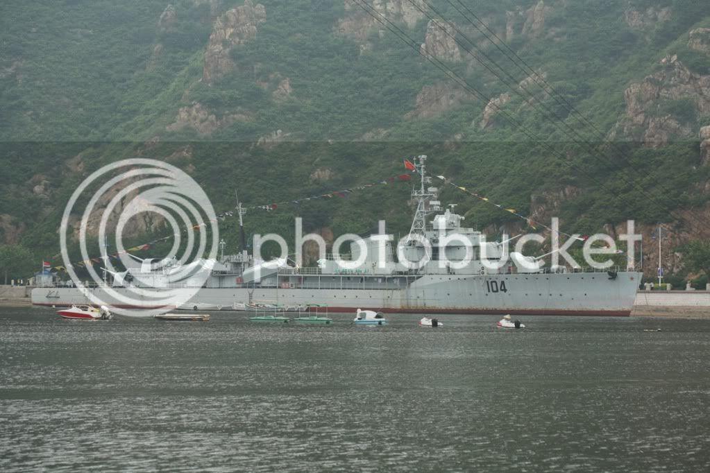 Destroyer soviético Gremyashiy da classe Gnevny 104-2
