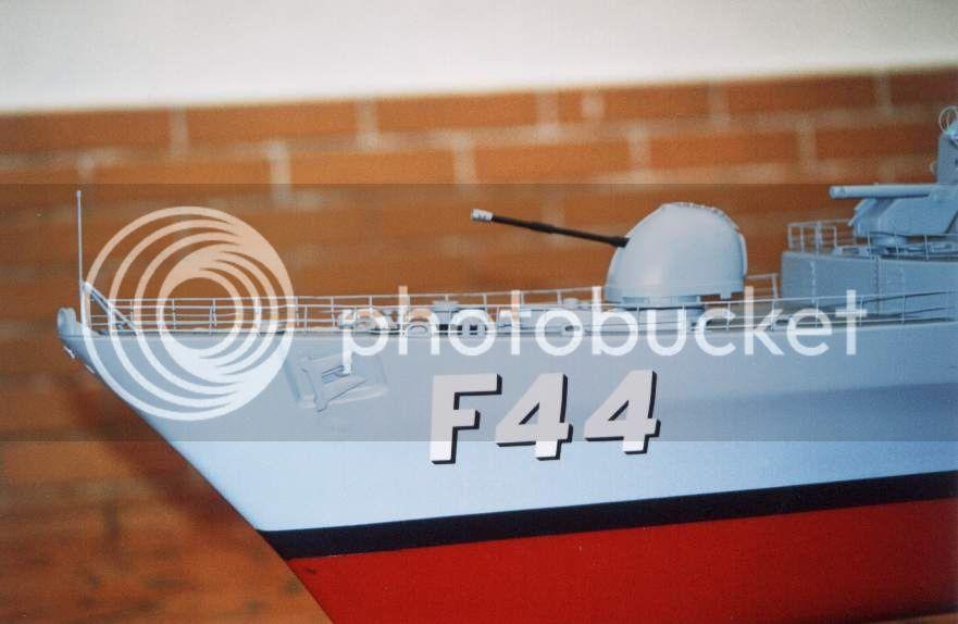 Modelo da fragata Independência 01D13AD7