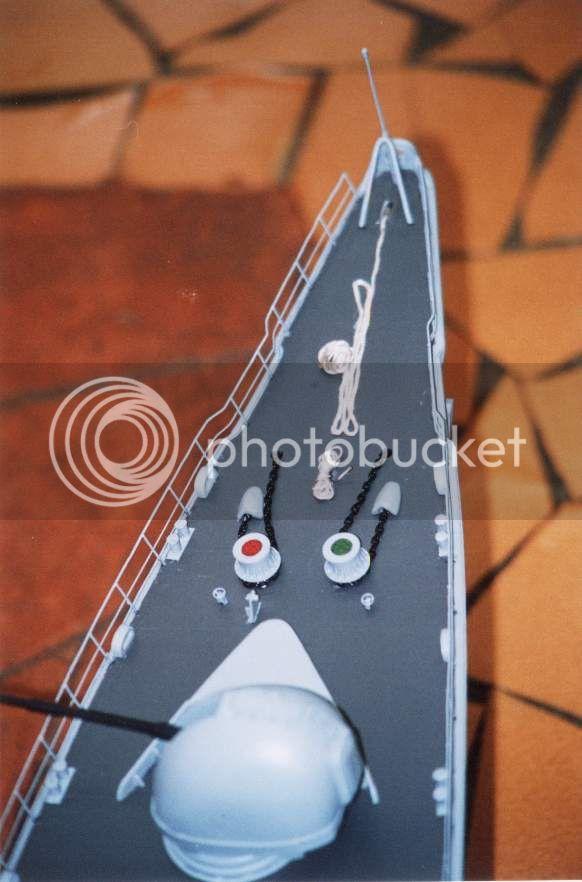 Modelo da fragata Independência 01D13C17