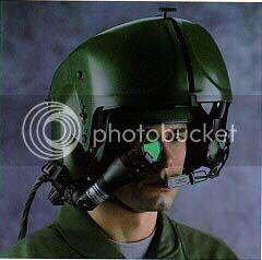 Tste do F-35B a bordo do USS Wasp Integrated_Helmet_Display_Sight_System