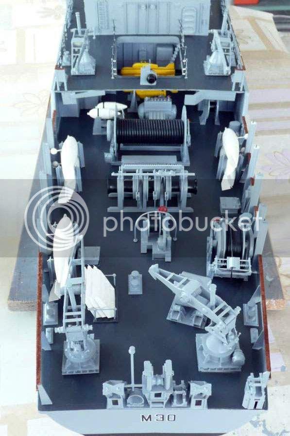 HMS Ledbury M3028