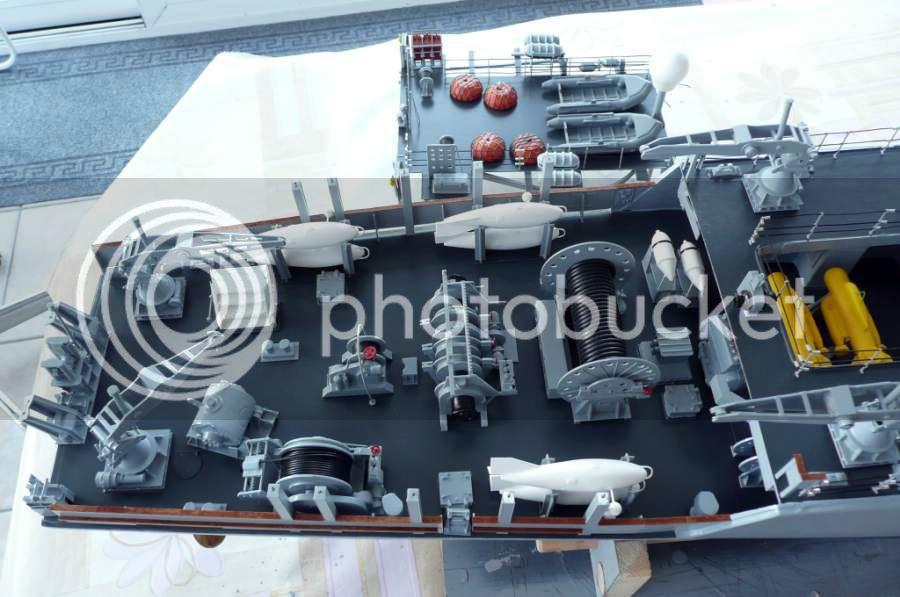 HMS Ledbury M3034