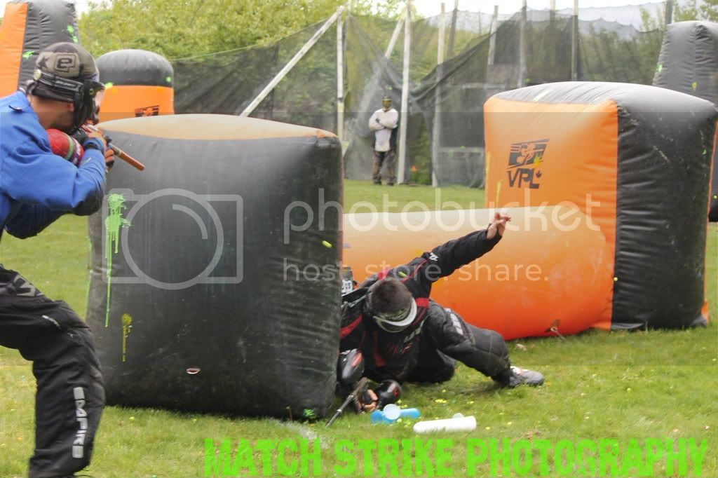 Action Pictures Bunkered