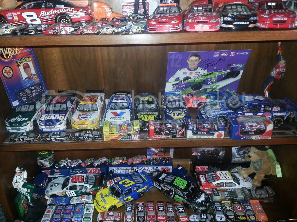 The Diecast/Hero Card/Other Memorobilia Thread - Page 7 20130519_164536_zpsb360a62f