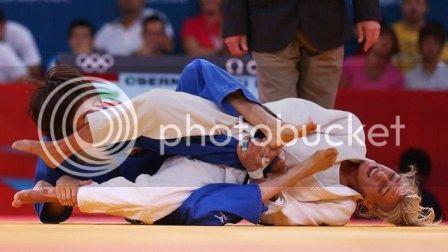 """Califican de """"sádico"""" al exseleccionador japonés de judo femenino Judo_zps0fa3c3a1"""