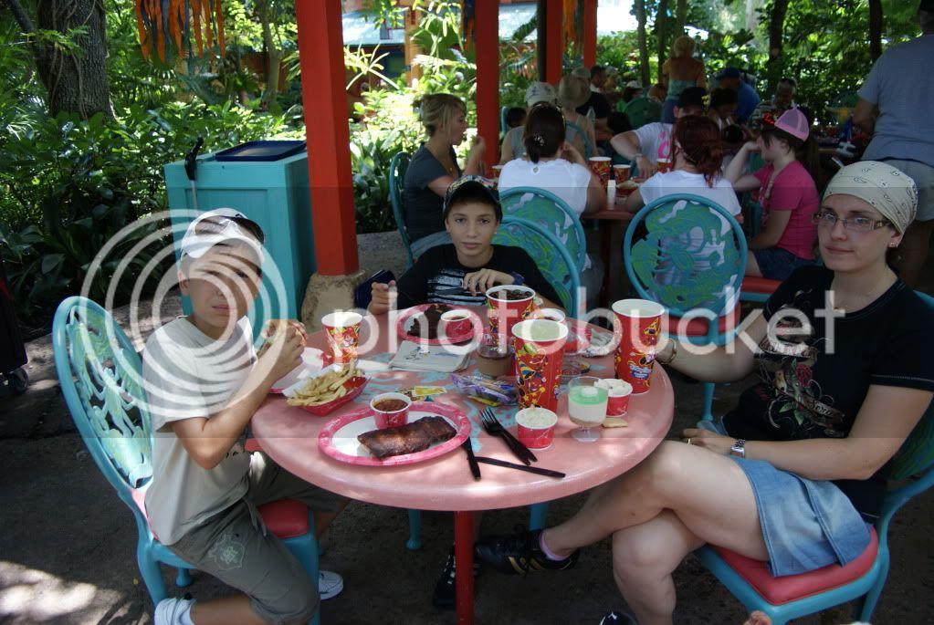 [Walt Disney World Resort] Voyage du 24 juillet au 12 aout 2010 - Page 2 DSC00249
