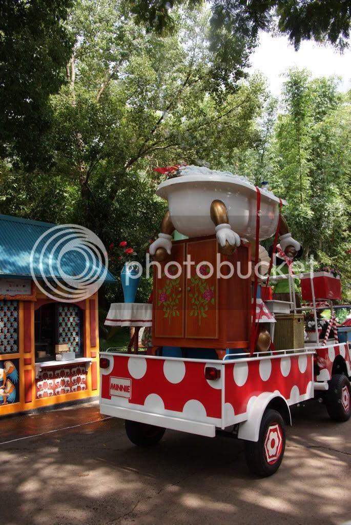 [Walt Disney World Resort] Voyage du 24 juillet au 12 aout 2010 - Page 2 DSC00329