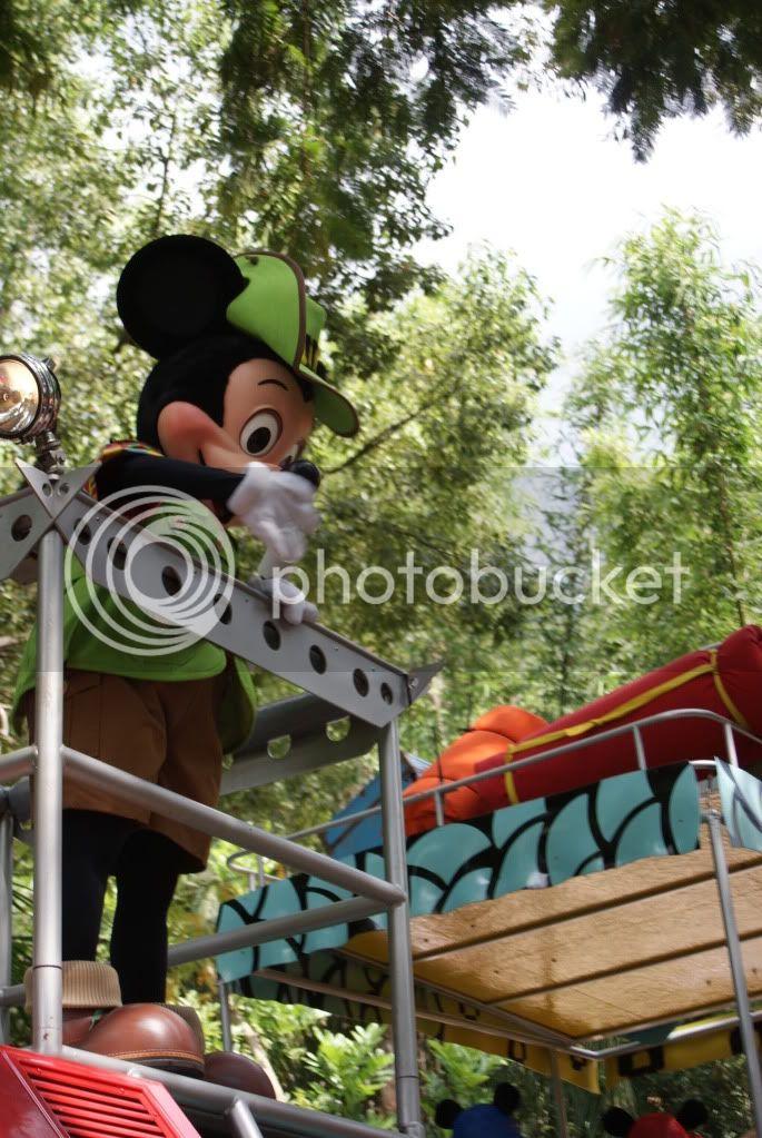 [Walt Disney World Resort] Voyage du 24 juillet au 12 aout 2010 - Page 2 DSC00398