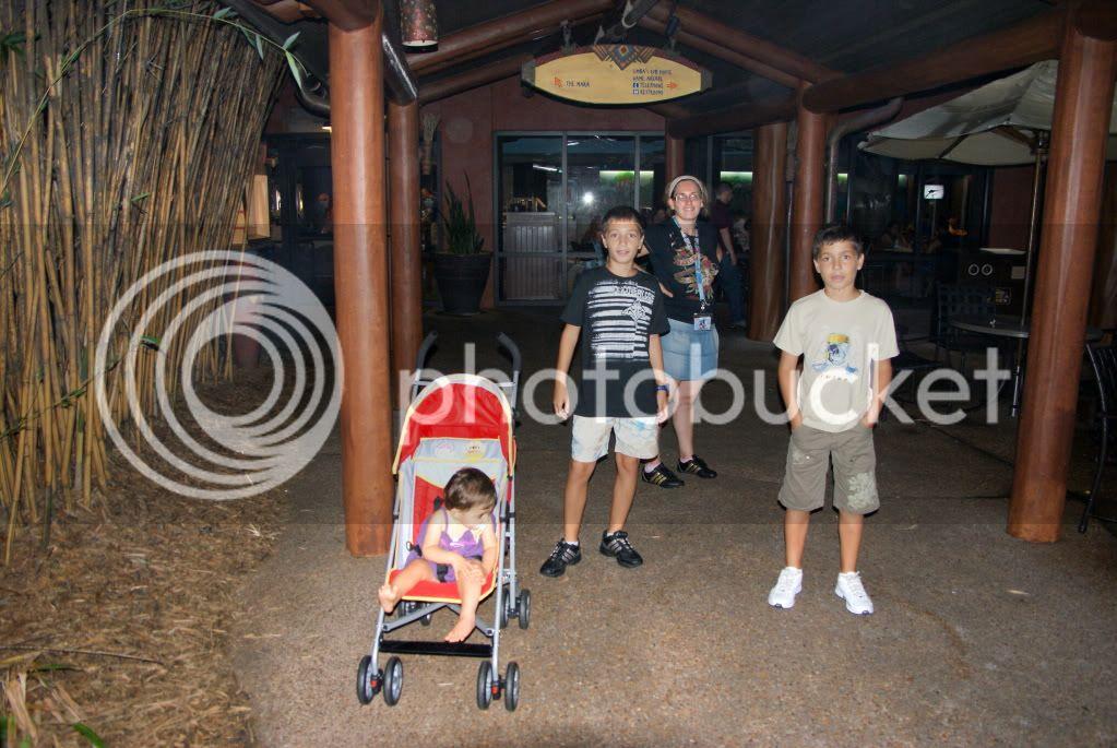 [Walt Disney World Resort] Voyage du 24 juillet au 12 aout 2010 - Page 2 DSC00472
