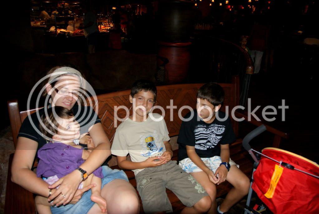 [Walt Disney World Resort] Voyage du 24 juillet au 12 aout 2010 - Page 2 DSC00490
