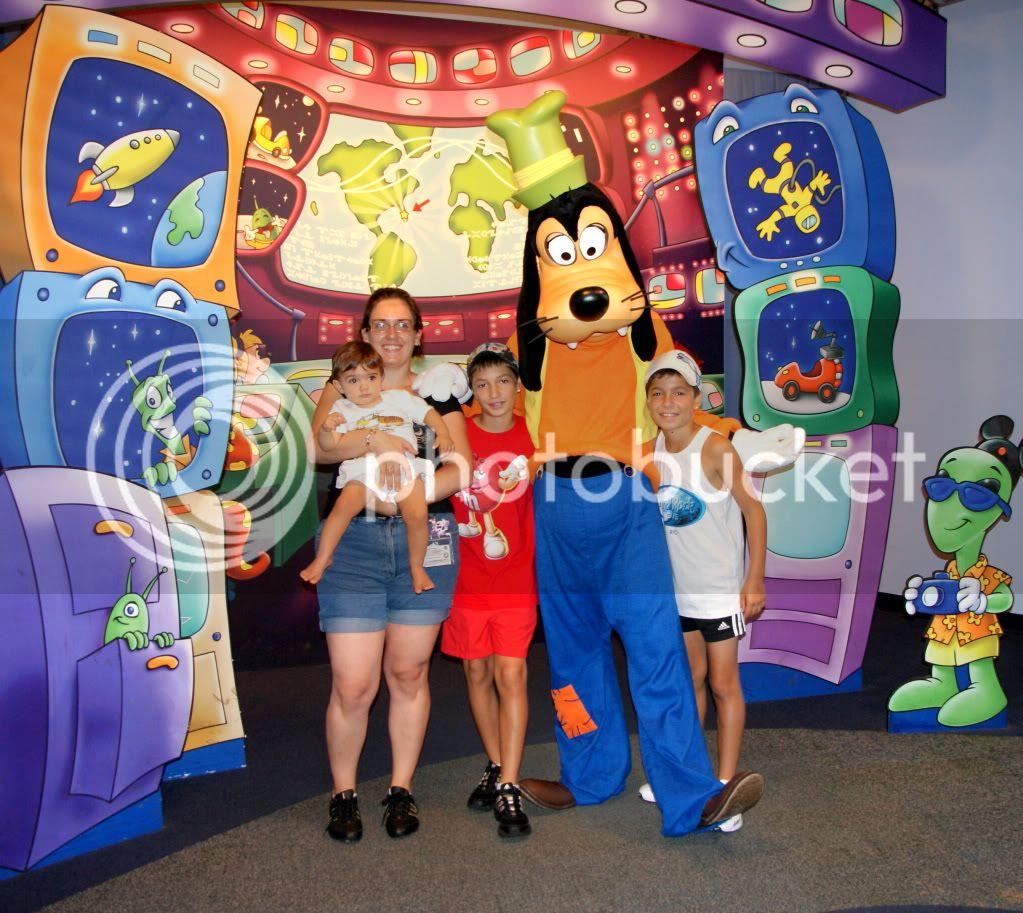 [Walt Disney World Resort] Voyage du 24 juillet au 12 aout 2010 - Page 2 DSC00576