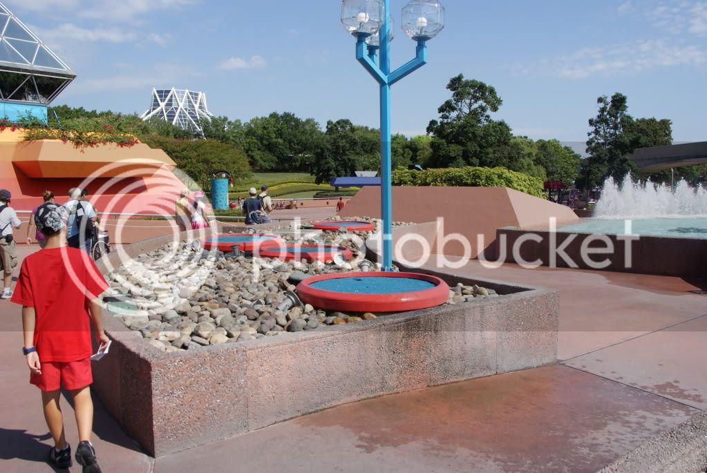 [Walt Disney World Resort] Voyage du 24 juillet au 12 aout 2010 - Page 2 DSC00667