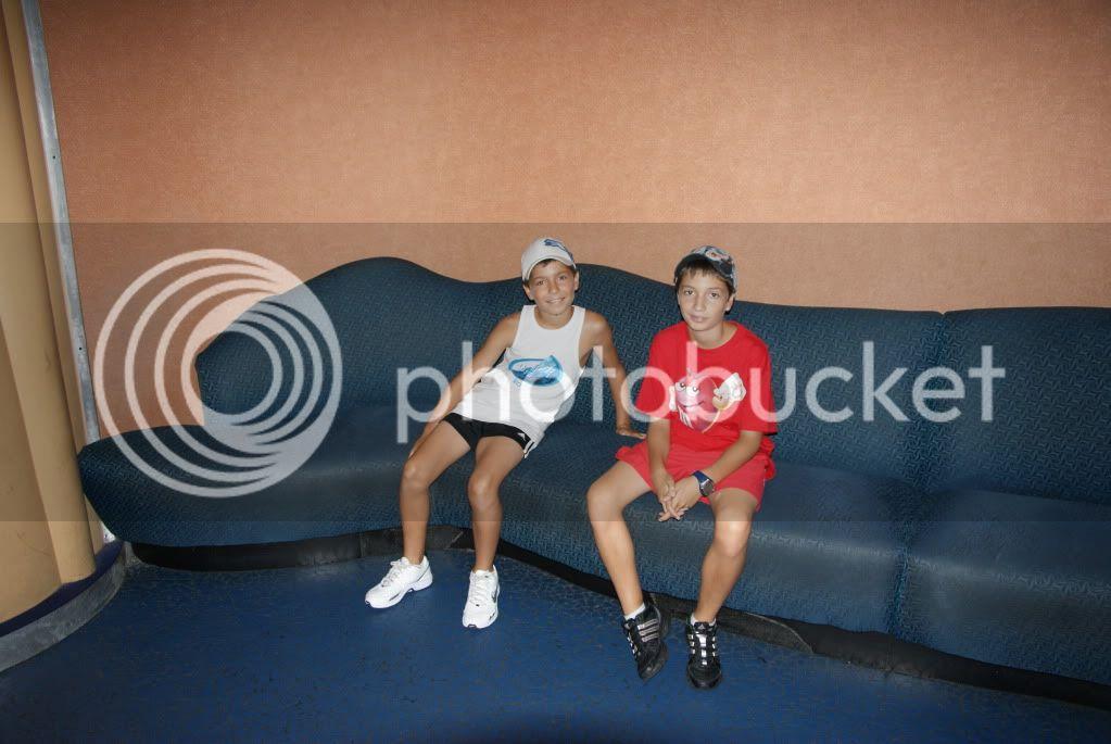 [Walt Disney World Resort] Voyage du 24 juillet au 12 aout 2010 - Page 2 DSC00727