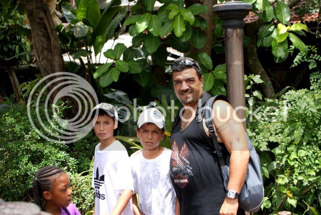 [Walt Disney World Resort] Voyage du 24 juillet au 12 aout 2010 - Page 3 DSC01671