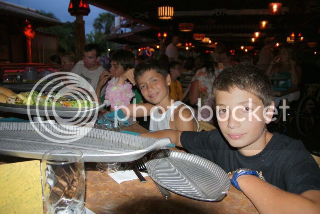 [Walt Disney World Resort] Voyage du 24 juillet au 12 aout 2010 - Page 3 DSC01867
