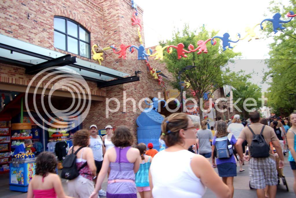 [Walt Disney World Resort] Voyage du 24 juillet au 12 aout 2010 - Page 3 DSC02779-1