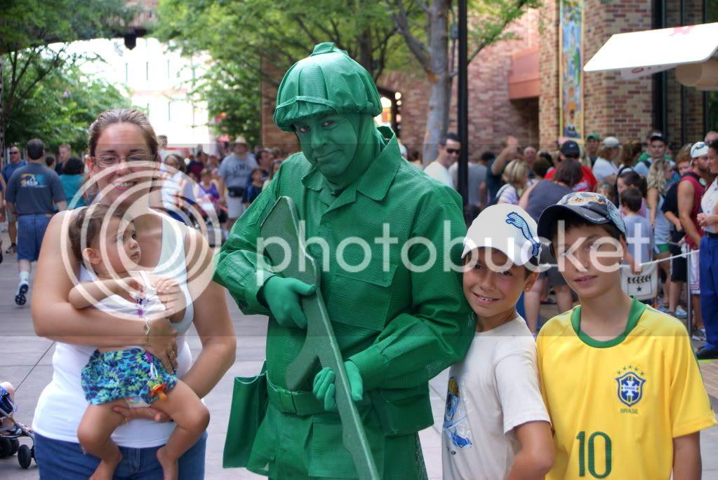 [Walt Disney World Resort] Voyage du 24 juillet au 12 aout 2010 - Page 3 DSC02789