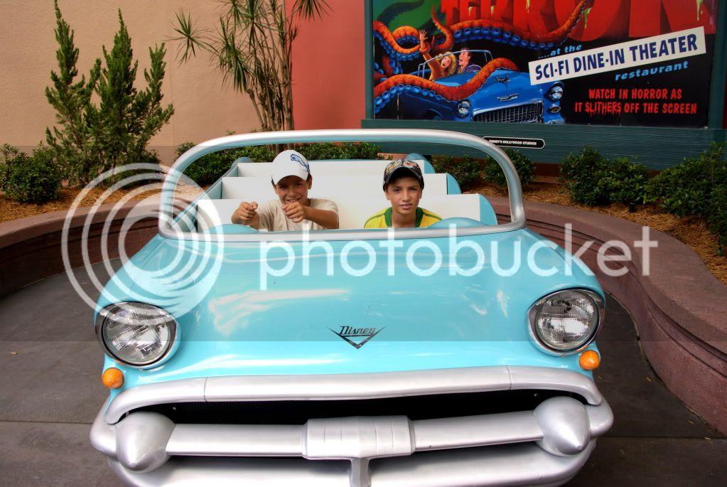 [Walt Disney World Resort] Voyage du 24 juillet au 12 aout 2010 - Page 4 DSC02978