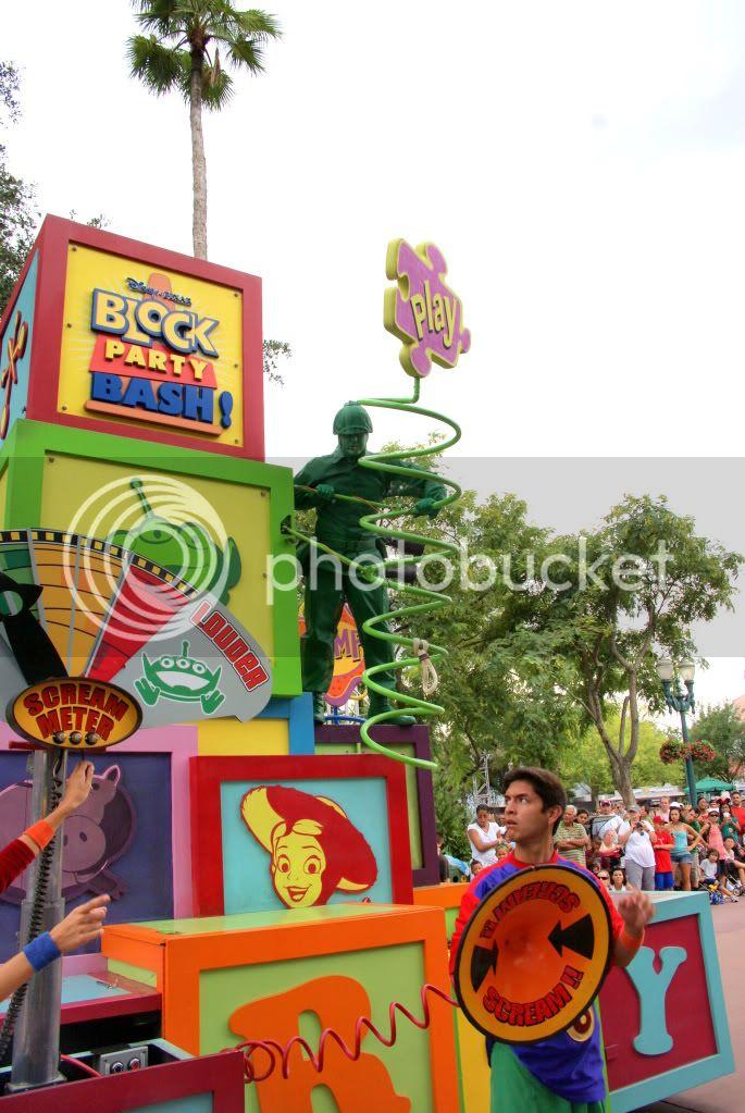 [Walt Disney World Resort] Voyage du 24 juillet au 12 aout 2010 - Page 4 DSC03157