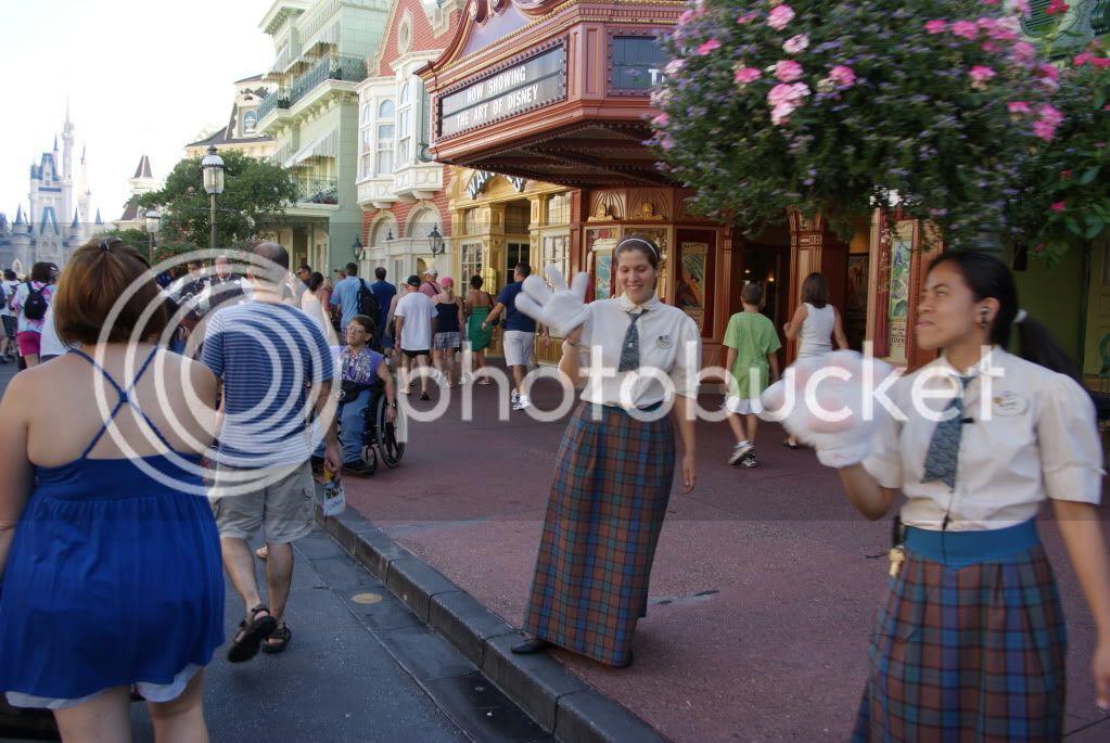 [Walt Disney World Resort] Voyage du 24 juillet au 12 aout 2010 - Page 2 DSC04421