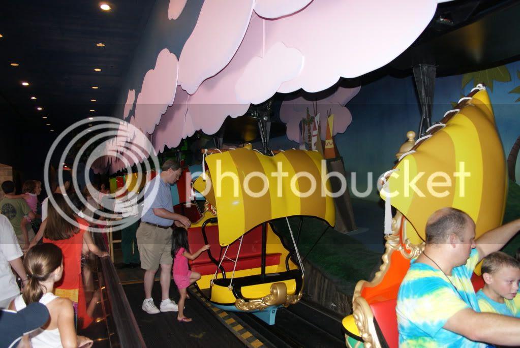 [Walt Disney World Resort] Voyage du 24 juillet au 12 aout 2010 - Page 2 DSC04447