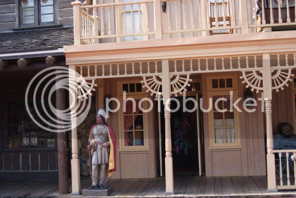[Walt Disney World Resort] Voyage du 24 juillet au 12 aout 2010 - Page 2 DSC04524