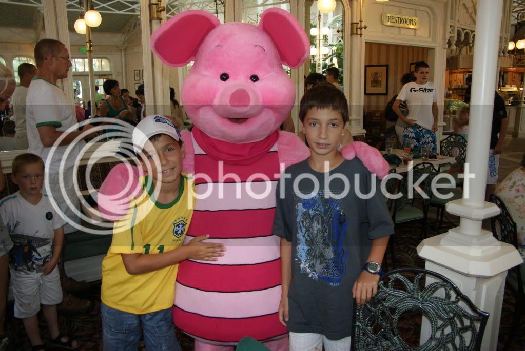 [Walt Disney World Resort] Voyage du 24 juillet au 12 aout 2010 - Page 2 DSC04717