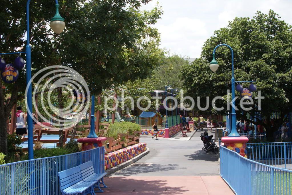 [Walt Disney World Resort] Voyage du 24 juillet au 12 aout 2010 - Page 2 DSC04735