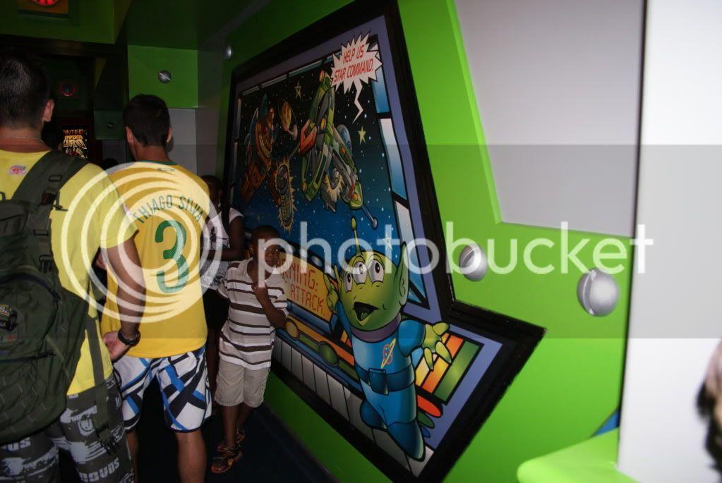 [Walt Disney World Resort] Voyage du 24 juillet au 12 aout 2010 - Page 2 DSC04801