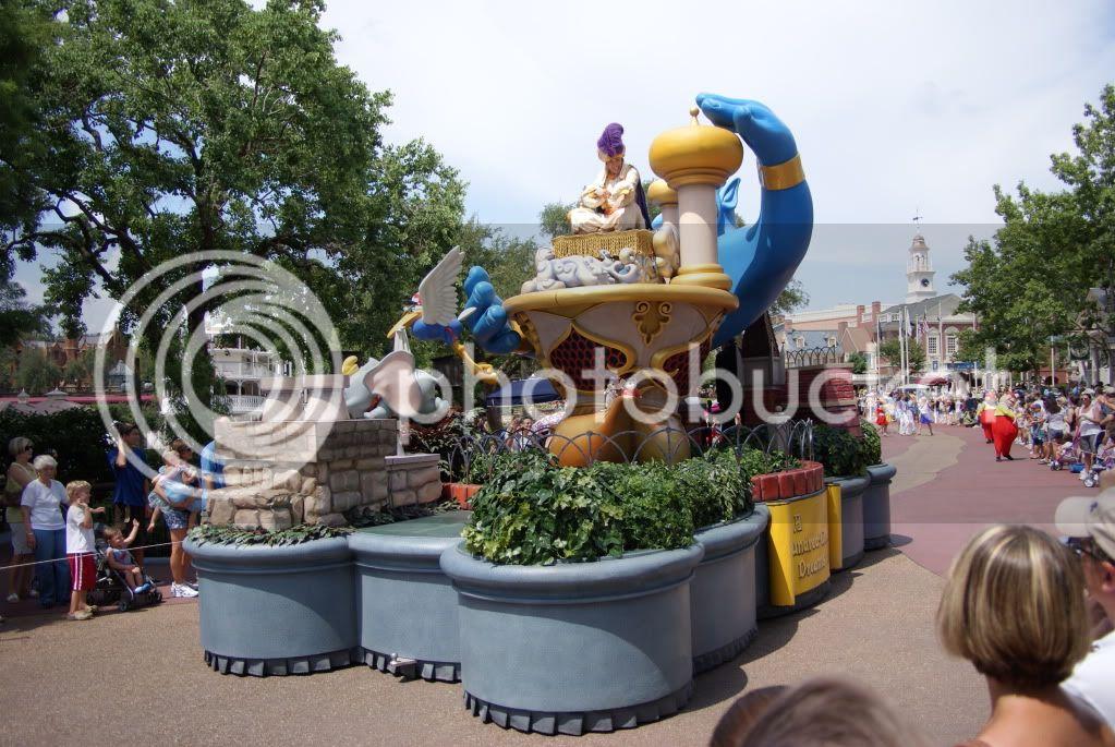 [Walt Disney World Resort] Voyage du 24 juillet au 12 aout 2010 - Page 2 DSC04875