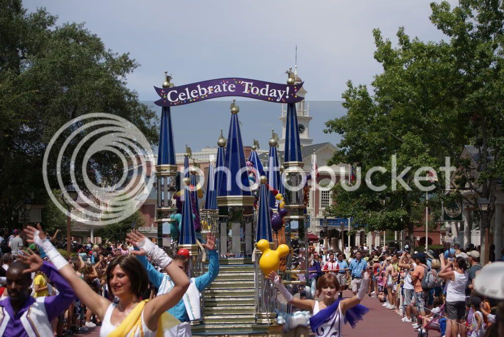 [Walt Disney World Resort] Voyage du 24 juillet au 12 aout 2010 - Page 2 DSC04905