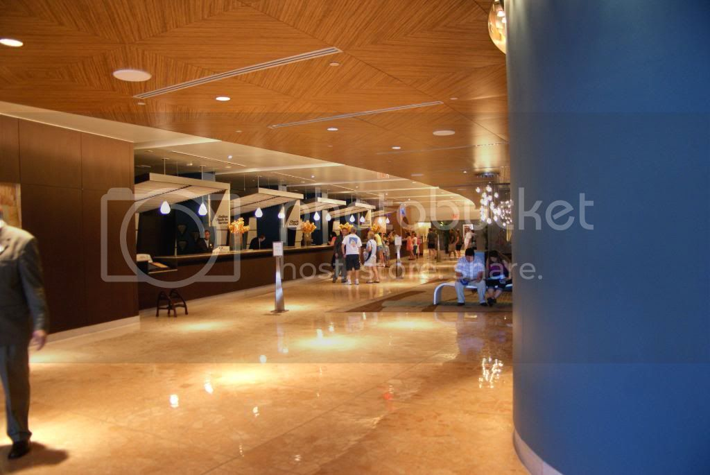 [Walt Disney World Resort] Voyage du 24 juillet au 12 aout 2010 - Page 5 DSC04429