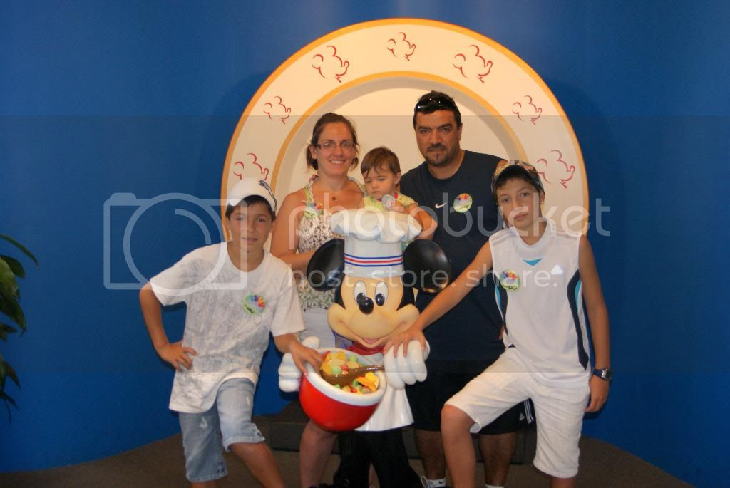 [Walt Disney World Resort] Voyage du 24 juillet au 12 aout 2010 - Page 5 DSC04443
