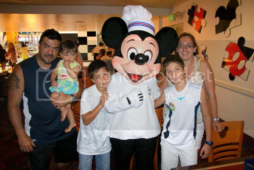 [Walt Disney World Resort] Voyage du 24 juillet au 12 aout 2010 - Page 5 DSC04483