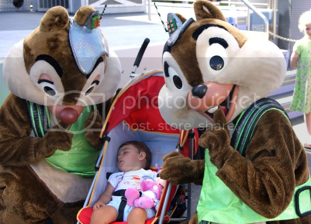 [Walt Disney World Resort] Voyage du 24 juillet au 12 aout 2010 - Page 5 DSC05026