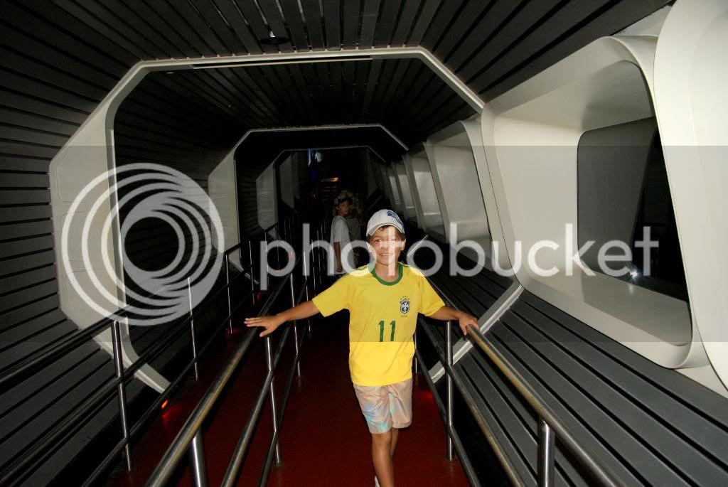 [Walt Disney World Resort] Voyage du 24 juillet au 12 aout 2010 - Page 5 DSC05033