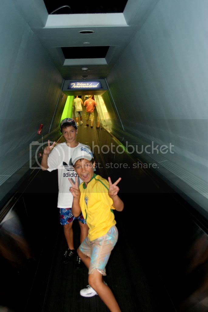 [Walt Disney World Resort] Voyage du 24 juillet au 12 aout 2010 - Page 5 DSC05066