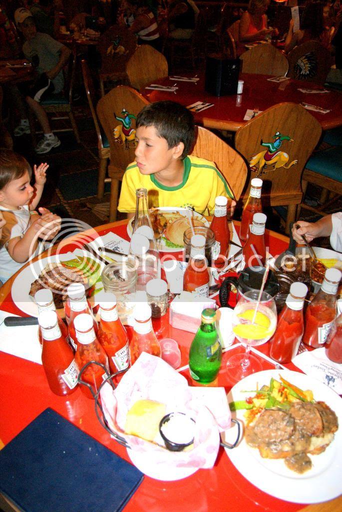 [Walt Disney World Resort] Voyage du 24 juillet au 12 aout 2010 - Page 5 DSC05339