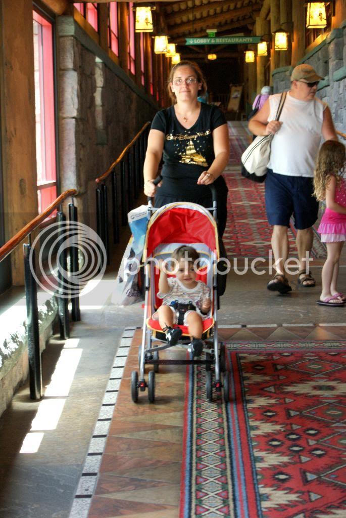 [Walt Disney World Resort] Voyage du 24 juillet au 12 aout 2010 - Page 5 DSC05425